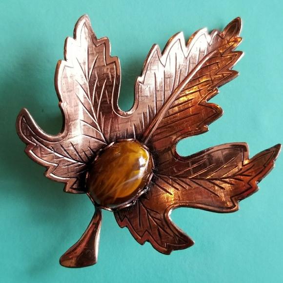 Vintage Jewelry - Vintage Copper leaf brooch pin brown cabochon